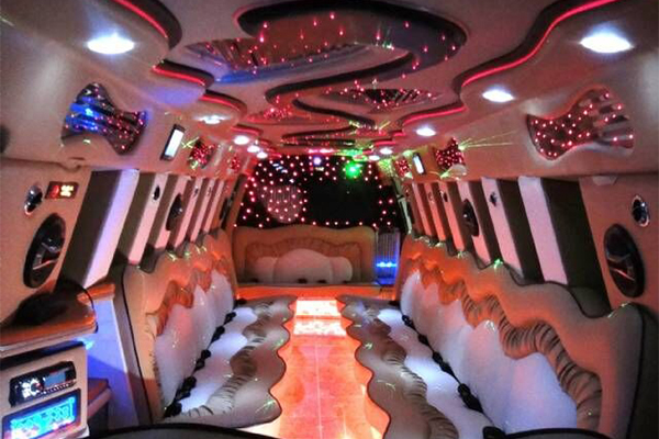 14 Person Escalade Limo Services